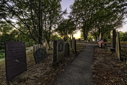 plymouth massachusetts unitedstates us burialhill cemetery graves markersgrave stones sunset legendtripping haunted paranormal historic history