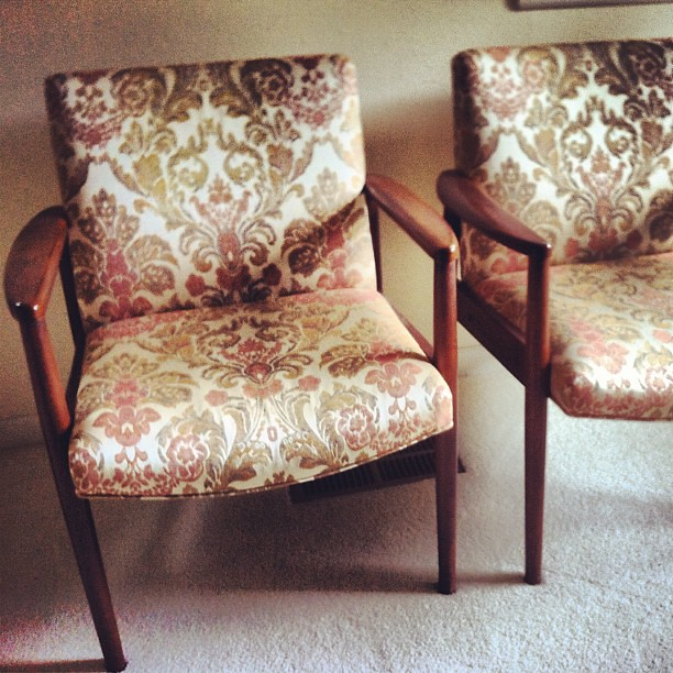 More #vintage goodies from this weekends #estatesale in #austin #midcentury #furniture