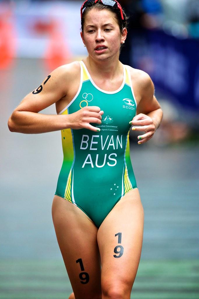 Triathlon World Champs Auckland 2012 Emily Bevan -2583