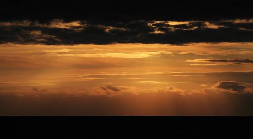 ocean morning autumn sea sky cloud color nature sunrise canon 雲 自然 海 空 ibaraki 光 日の出 朝 茨城