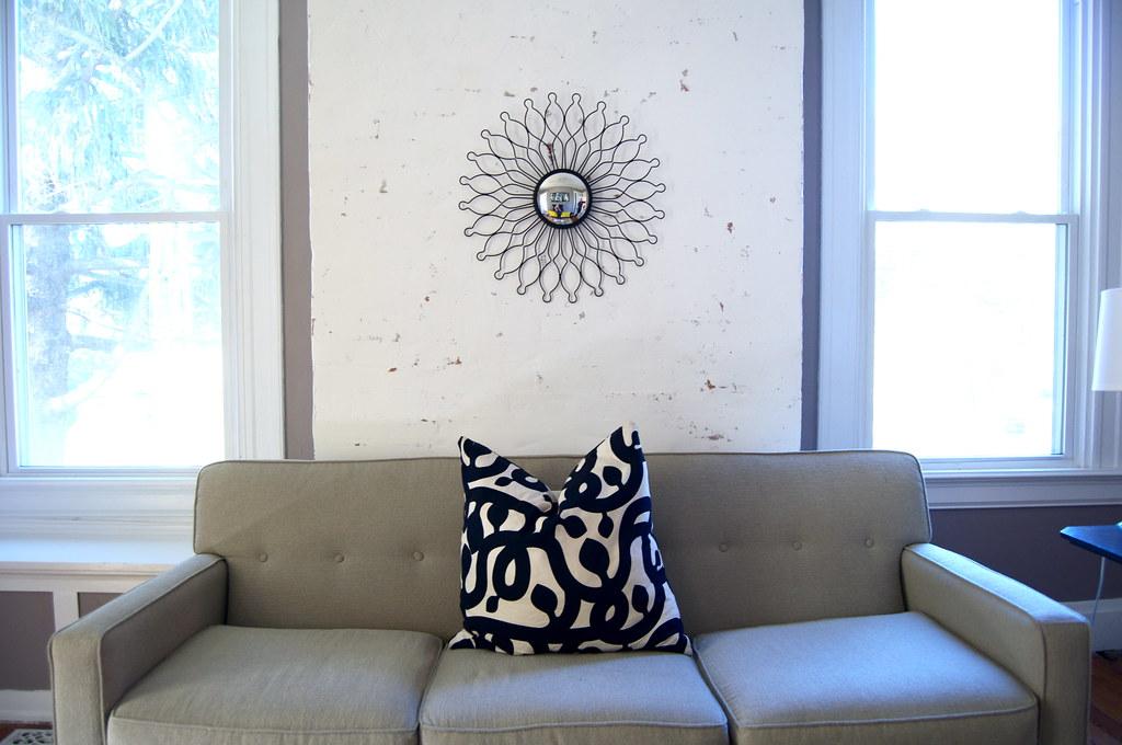 Spray Paint a Sunburst Mirror
