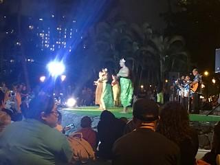 Hulu show on Waikiki Beach   by Beth77