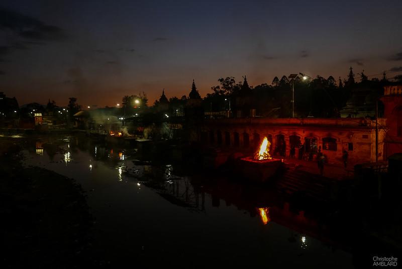 Rites funéraires Pashupati Nath