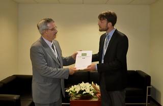 Braulio Ferreira de Souza Dias og Bjørn Bedsted med Results Report