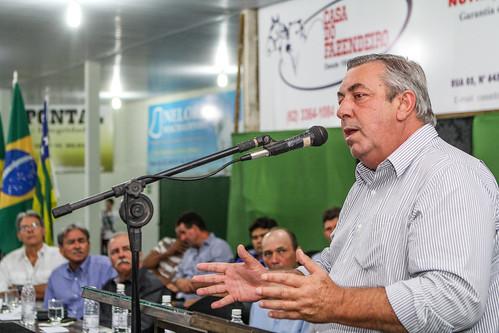 Presidente do Sistema Faeg prestigia posse em São Miguel do AraguaiaP