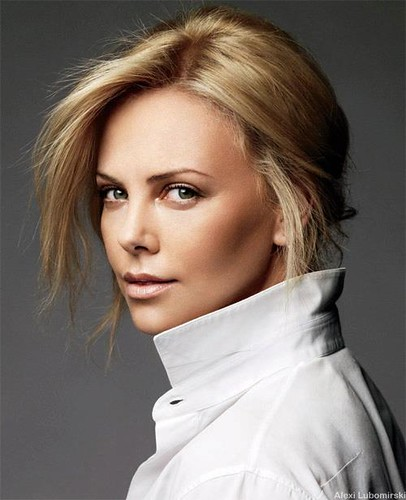 Charlize is awesome in The Legend of Bagger Vance - Inspired by her MUM Posted 31 OCT 2012 | by jrcjazzed2012