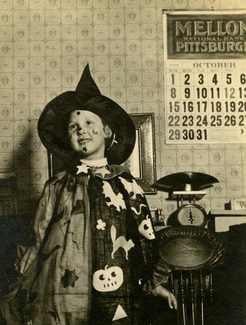 Halloween Costume 4 5.Girl In Halloween Costume Pennsylvania 1916 Calendar On Flickr