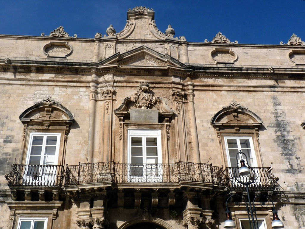 Siracusa - I balconi di  Palazzo Beneventano