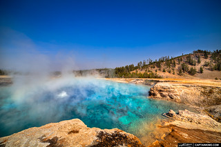 Excelsior-Geyser-at-Midway-Basin-in-Yellowstoen-National-Park | by Captain Kimo