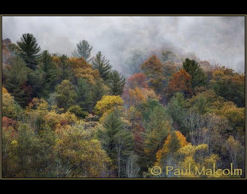 autumn mountains fall leaves fog clouds nc fallcolors northcarolina fallfoliage hdr autumncolor vallecrucis 2xp photomatix exposurefusion