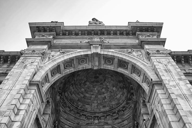 Victoria Memorial: II