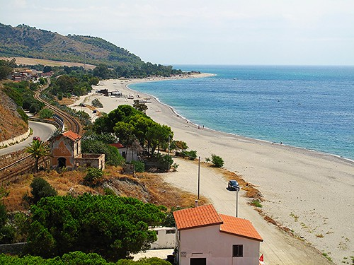 sanpasquale bovamarina calabria kalabria italia italy sangiopanza costa coast spiaggia beach mare sea ferrovia railway promontorio