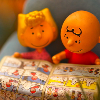 Christmas decorations - Charlie Brown and Sally read the Sunday comics | by kevin dooley