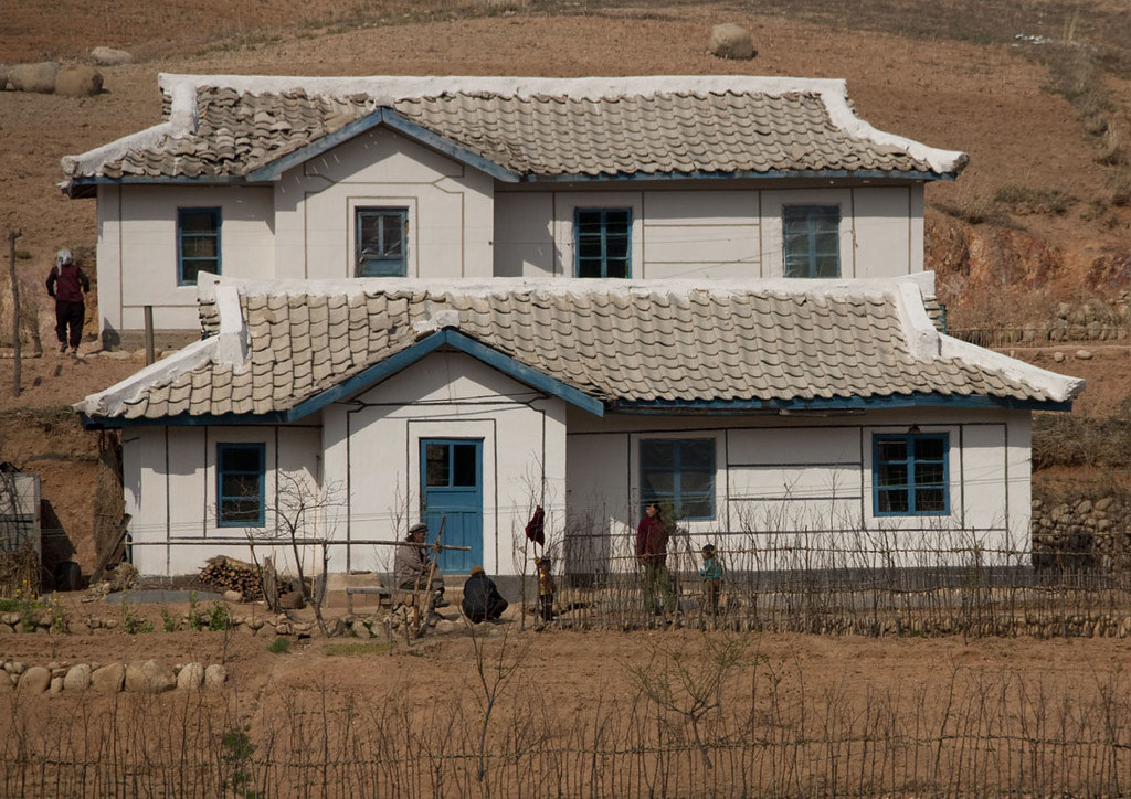 Houses In The Countryside Wonsan Area North Korea Flickr