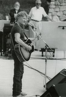 Kris Kristofferson '58  at the Sontag Greek Theatre