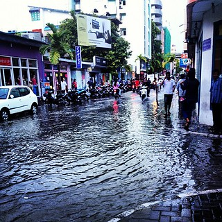 It's a flood #me #maldives #rain #weather #iphone #instagood #road #beautiful   by shazwan