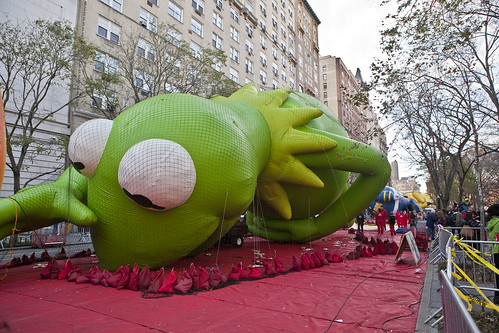 Macy's Thanksgiving Day Parade Balloon Inflation   Photo ...