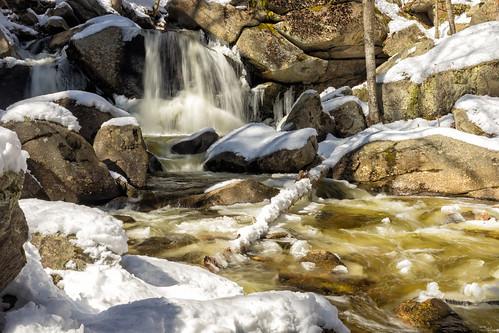waterfall brook stream flow winter cold landscape outdoors water rocks canon6dmarkii ashbyma trapfalls willardbrook