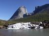 Řeka v Klosterdalen spadá vodopádem přímo do moře, foto: Libor Hnyk