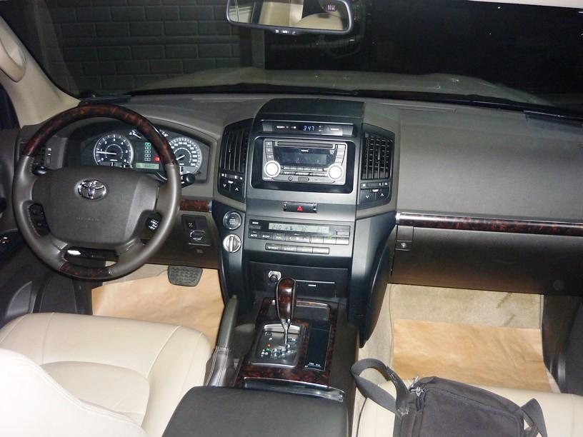 2010Land Cruiser GXR diesel Cash Financing ok Call@0927201