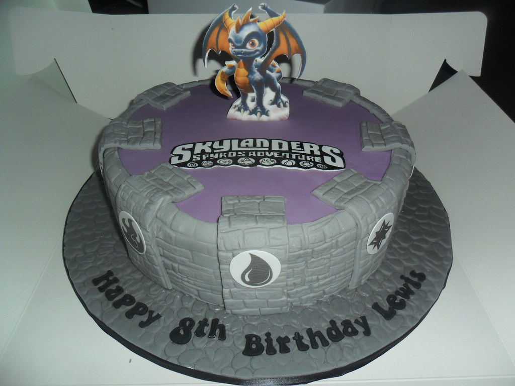 Cool Skylanders Birthday Cake Elizabeth Flickr Funny Birthday Cards Online Inifodamsfinfo