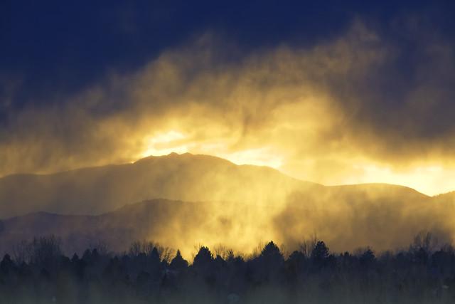 Virga rain/snow at sunset