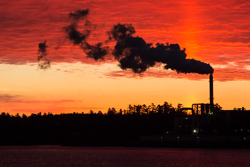 sunrise nb newbrunswick smokestack redsky miramichi miramichiriver