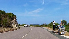 Велотурист с прикольным багажником