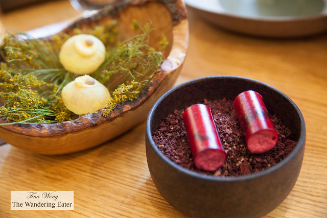 Beet, blackberry, pickles (right) and Puffed potato, fennel, anchovies (left) - Second and third snacks