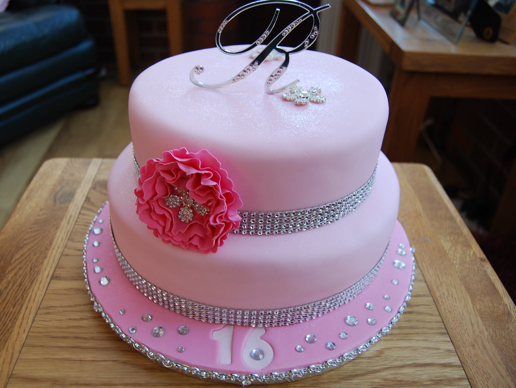 Cool Ranee 16Th Birthday Cake A Pink Bling Cake For Ranee Sweet Flickr Funny Birthday Cards Online Elaedamsfinfo