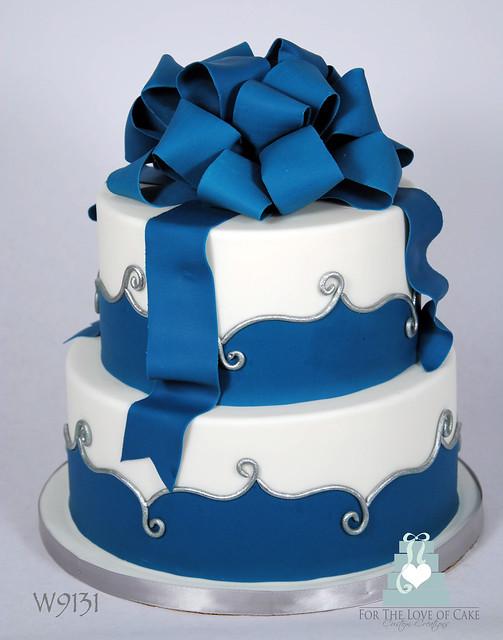 W9131 2 tier blue white wedding cake toronto