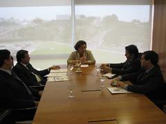 Com a ministra Ideli Salvatti pedindo atençaõ aos recursos aos municípios gaúchos