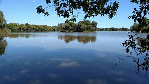 oxleynaturecenter sherry cameraphonelandscape lakesherry lake island tulsa oklahoma
