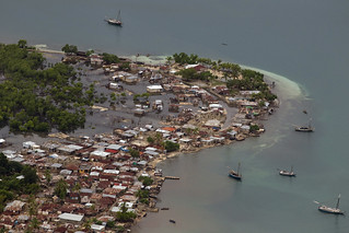 Hurricane Sandy Causes Heavy Rains and Floods in Haiti   by United Nations Photo