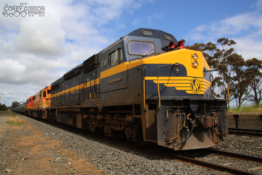 C501, L277 & 1872 at Berrybank siding by Corey Gibson