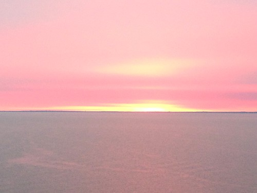 ocean pink sunrise dawn tranquility corderosa madrugada pinkskies autumnsunrise pinksunrise dawnbythesea