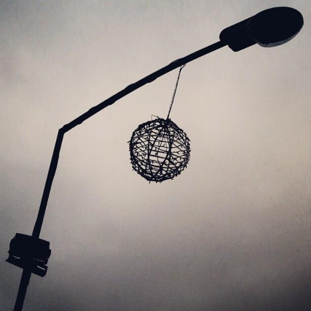 #vitry #pendule #décor # noël #instagram #igersfrance #shootermag #noir #blanc #youmustsee #galaxycamera #tribegram