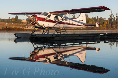 canada de beaver charters mk1 dhc2 havilland corilair cgack sunriseattheseaplanedocksincampbellriverbc onanclearoctobermorning