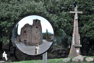 La Cruz de El Brull e imagen especular