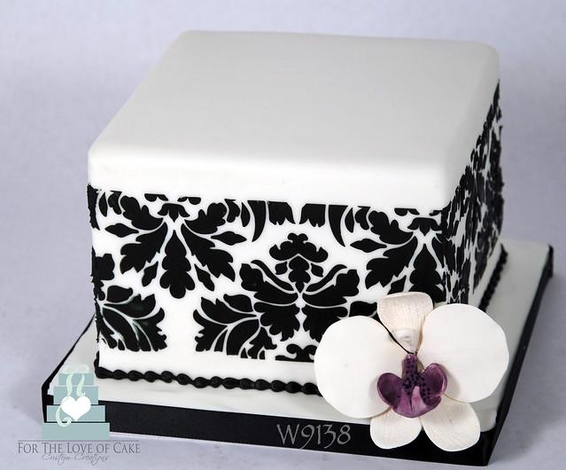 W9138 mini square damask wedding cake toronto