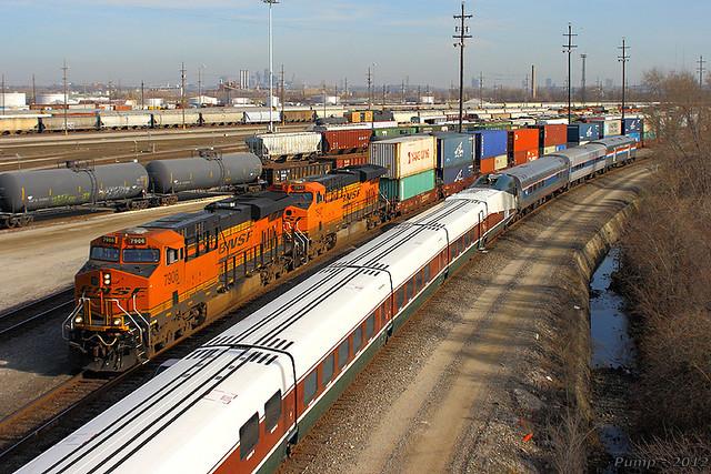 Westbound BNSF Intermodal Train at Kansas City, KS