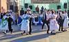 Ein Tanzlehrer aus Temeswar hat mit der Jugendgruppe verschiedene Banatschwäbische Tänze einstudiert.