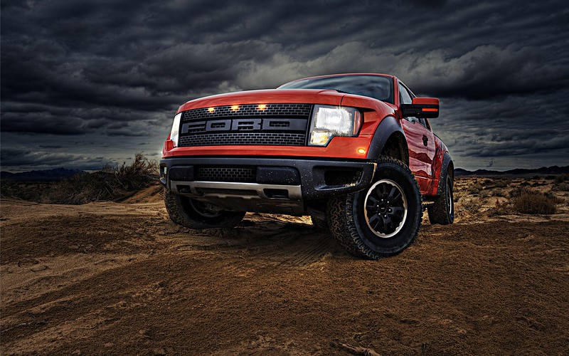 Пикап Ford F150 SVT Raptor