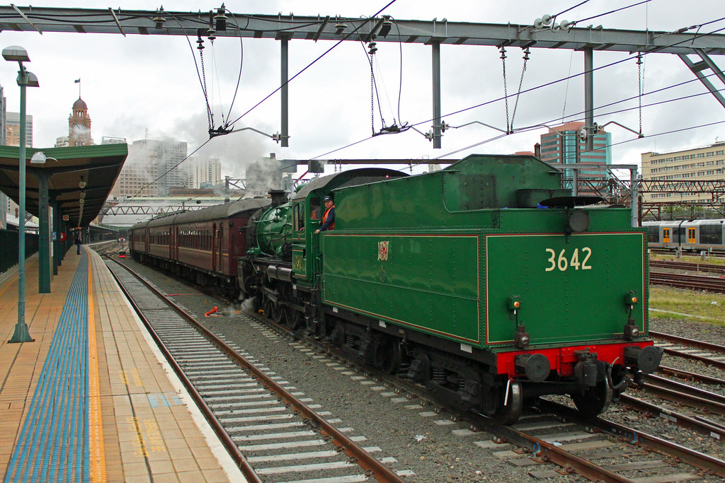 3642 6S67 Central by Thomas