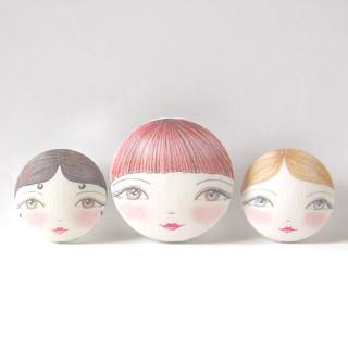 Zouzou Design's Doll face fabric buttons