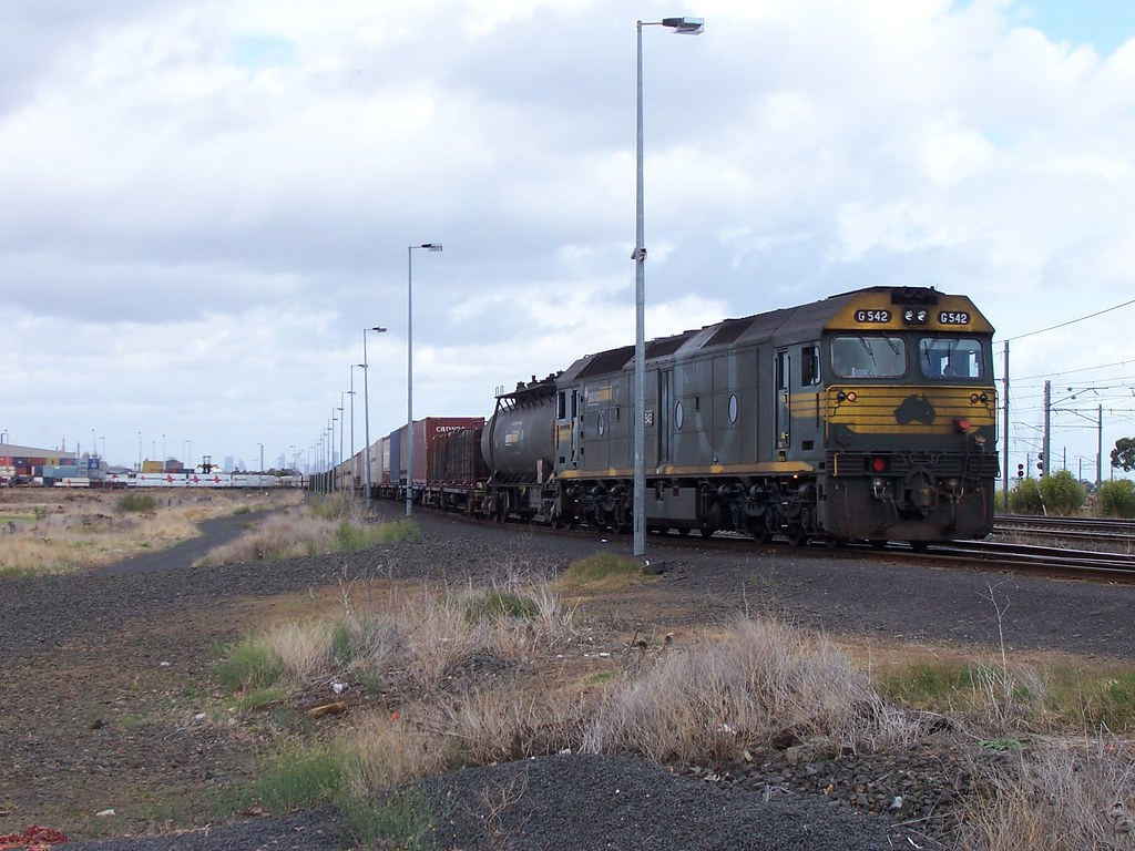G542 Laverton loop by Alan Greenhill