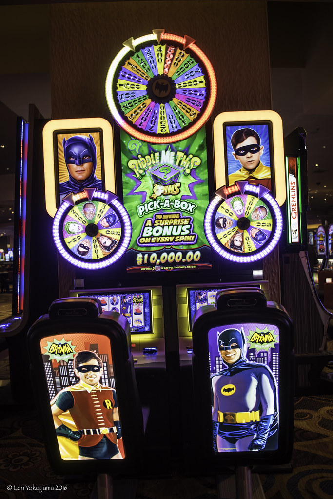 Las Vegas 2016-1960's Batman TV Series Gambling Machine 02… | Flickr