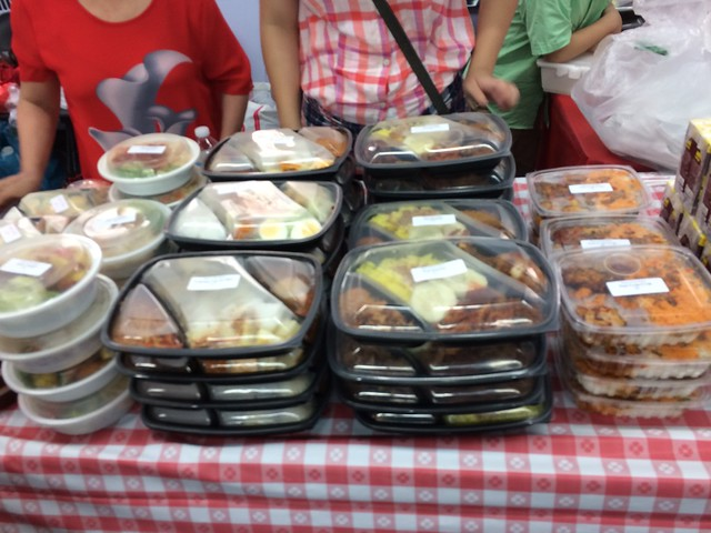 土, 2016-08-20 12:31 - Indonesian Food Bazaar @ St. James Episcopal Church, Elmhurst