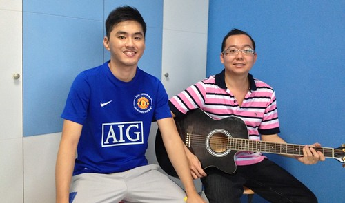 Adult guitar lessons Singapore Francis