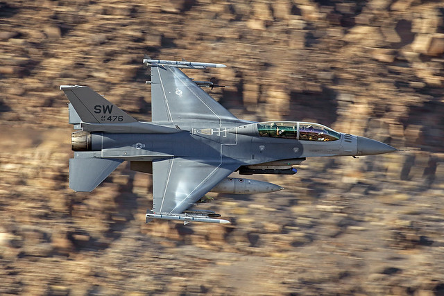 F-16D 91-0476/SW